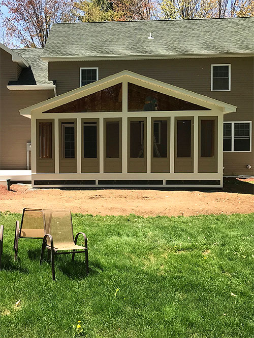Custom Built Decks in Burlington, South Burlington, Essex, Shelburne and Williston, VT